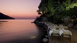 Hillside_Beach_Restaurant_2
