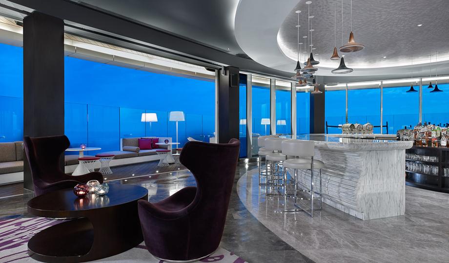 Hyatt_Regency_Restaurant_1