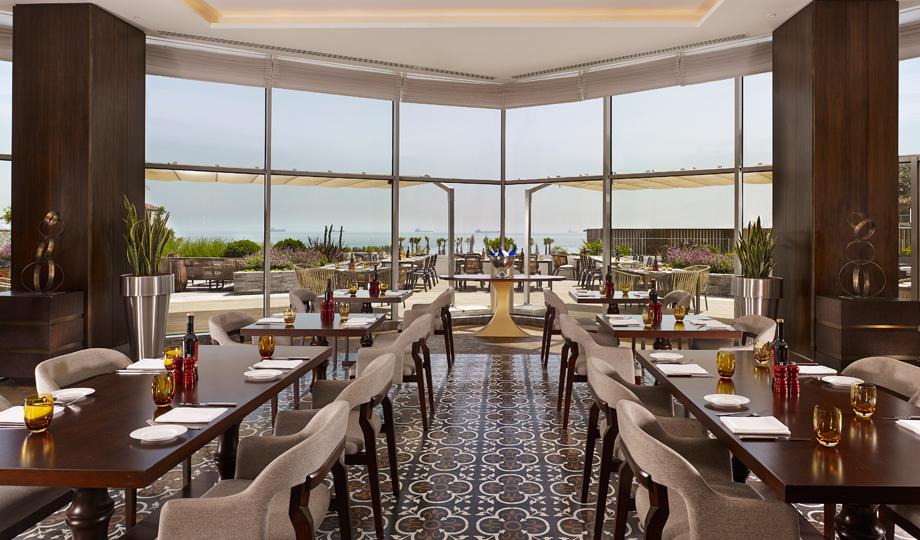 Hyatt_Regency_Restaurant_3