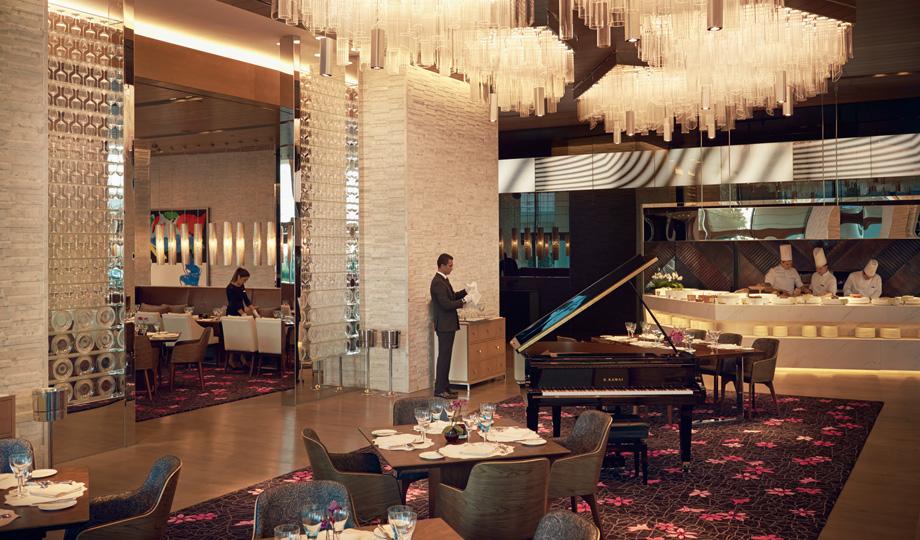Raffles_Restaurant_1
