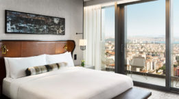 Fairmont_Quasar_Rooms_2