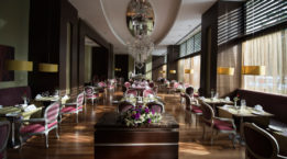 Barut_Arum_Restaurant_2