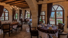 Yunakevleri_Restaurant_1