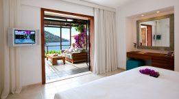Hillside_Beach_Rooms_1